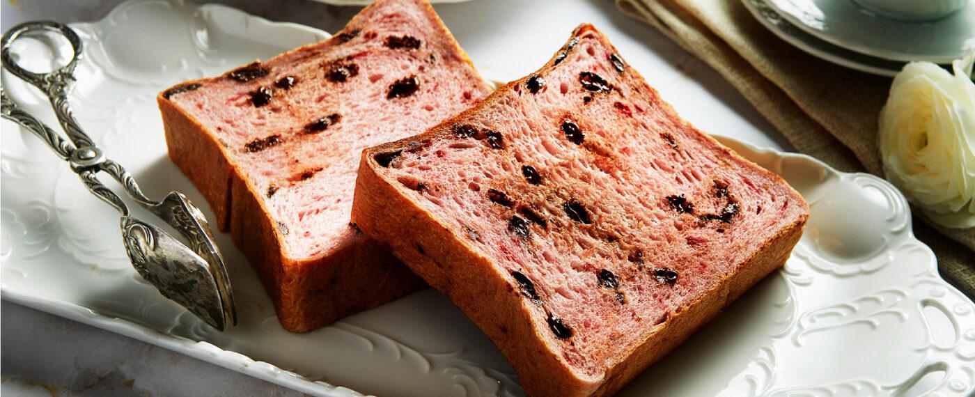 ストロベリーショコラ食パン